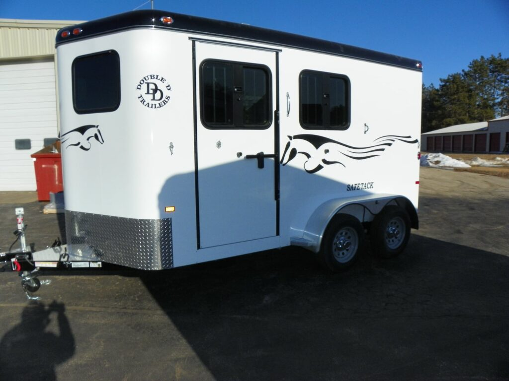 Picture of a two horse bumper-pull horse trailer.